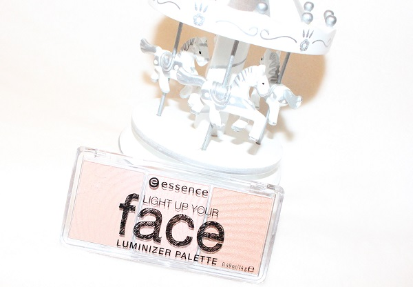 Light Up your face palette d'Essence