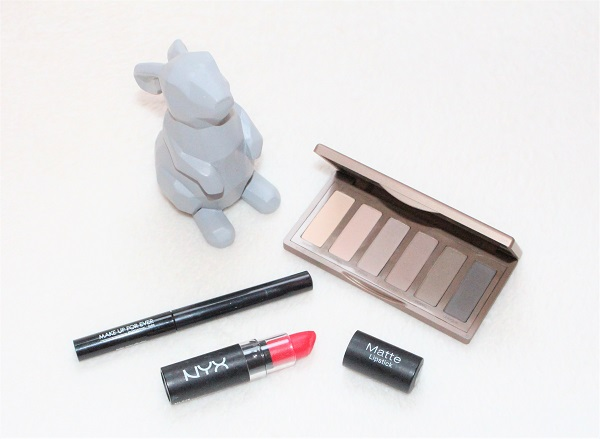 smoky eyes naked 2 basics urban decay