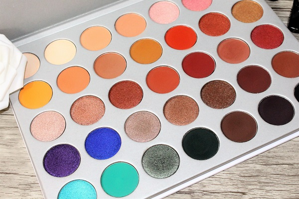 maquillage palette the jaclyn hill morphe