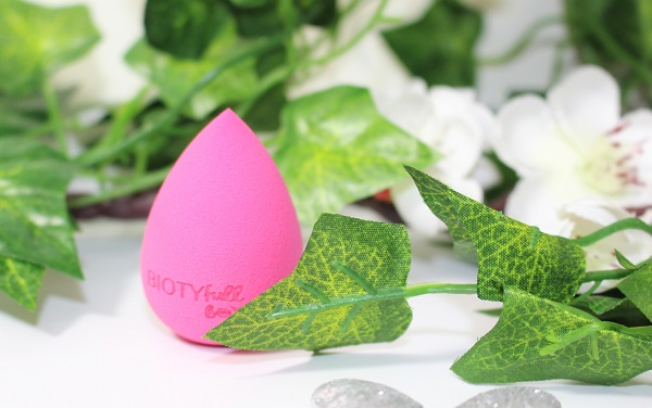 beauty blender biotyfull box