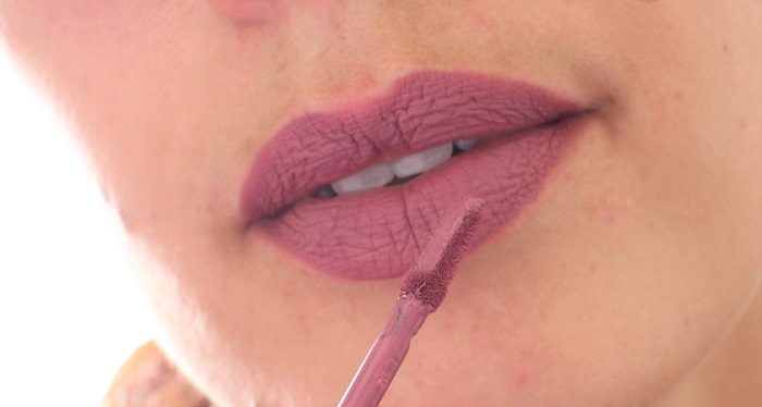 Longstay Liquid Matte Lipstick Chamallow swatch