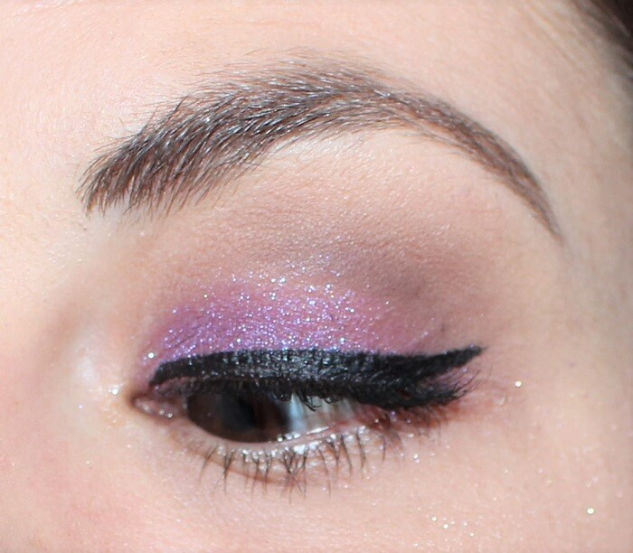 maquillage violet fard dare colour pop